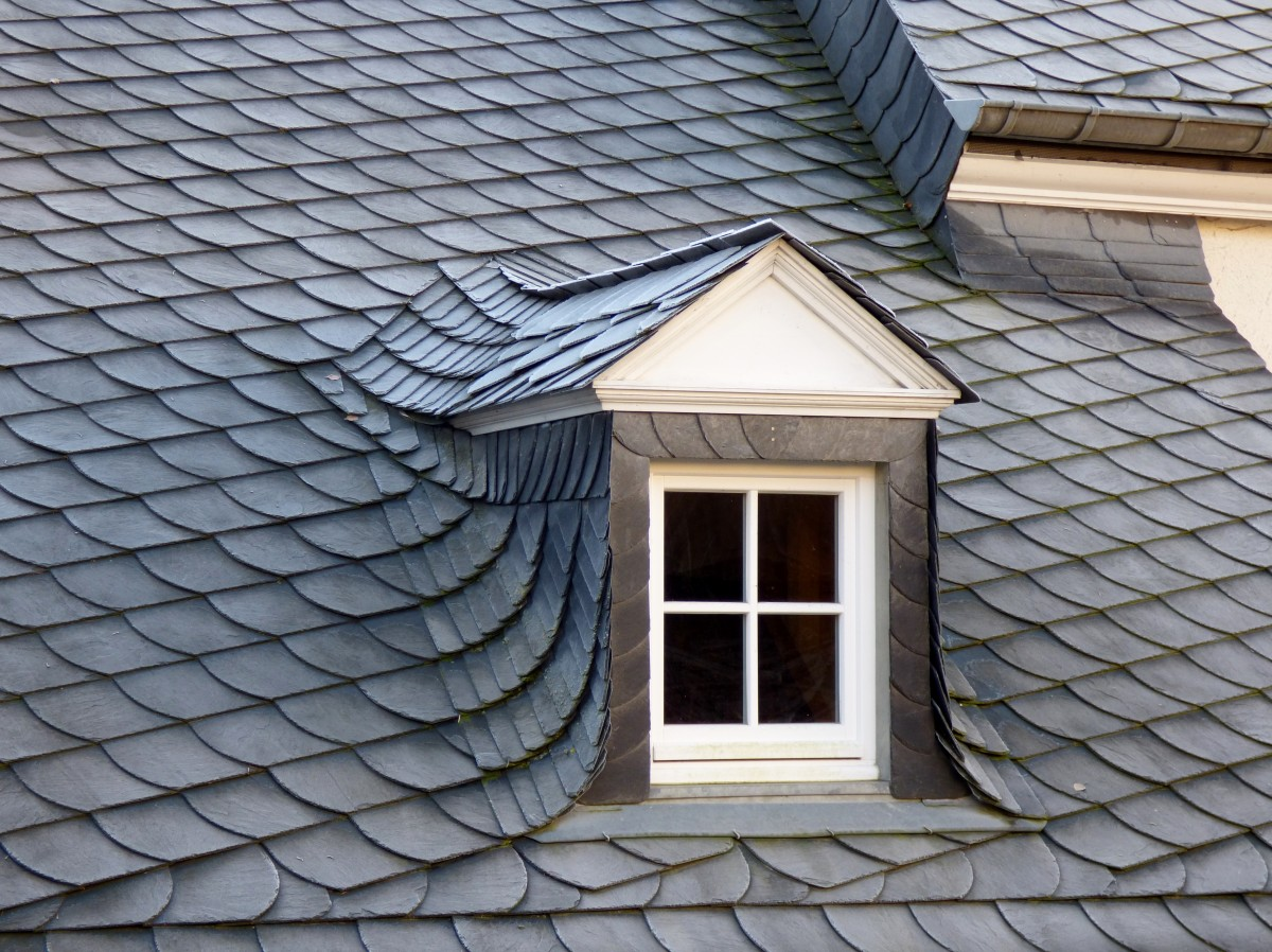 dormer_slate_roof_window_grey_architecture